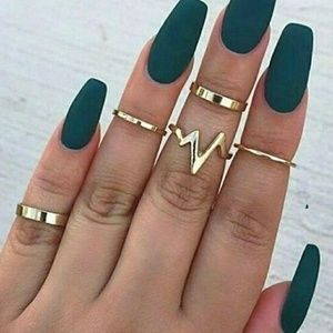 Jewelry - 5 for $25 Set of 5 Midi Knuckle Heart Beat Rings